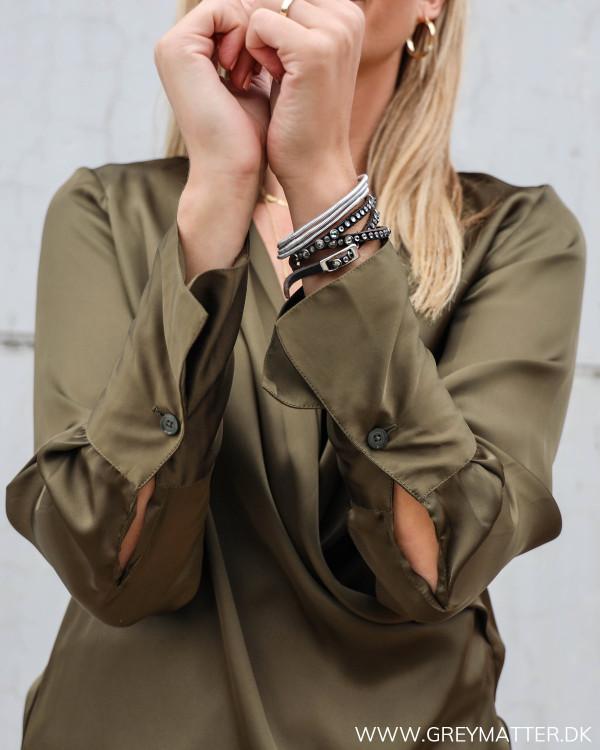 Karmamia Billie skjorte i army med fokus på detaljer