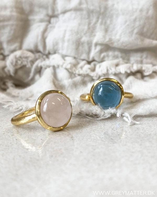 Smuk rosafarvet ring fra Pure By Nat