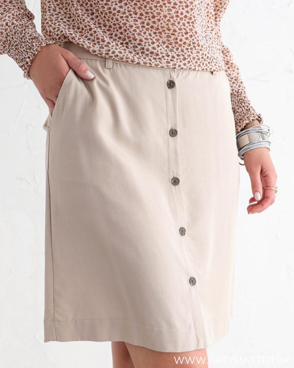 Visna Soft Camel Button Skirt