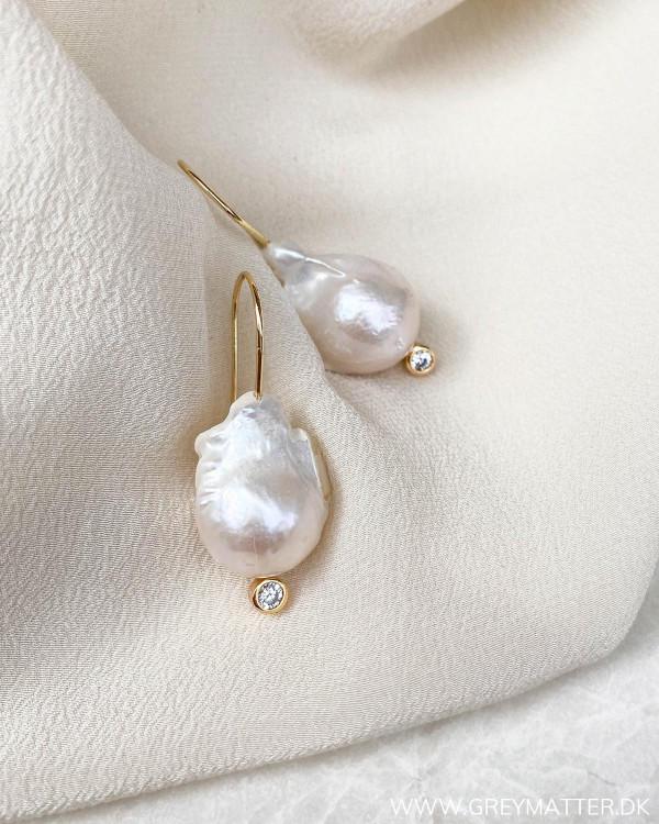 Perle øreringe fra Pure By Nat
