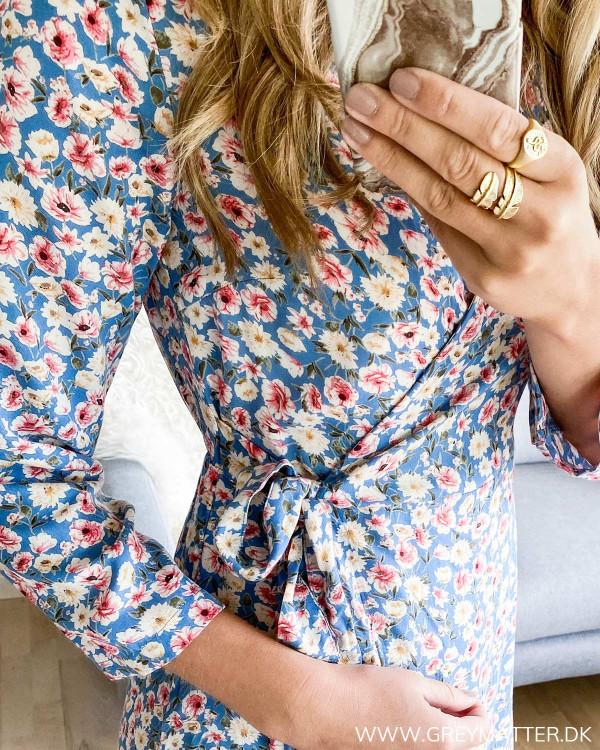 Kjole fra Pieces med bindebånd