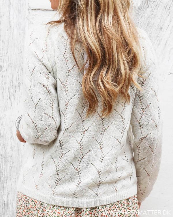 Cardigan i hvid med mønster