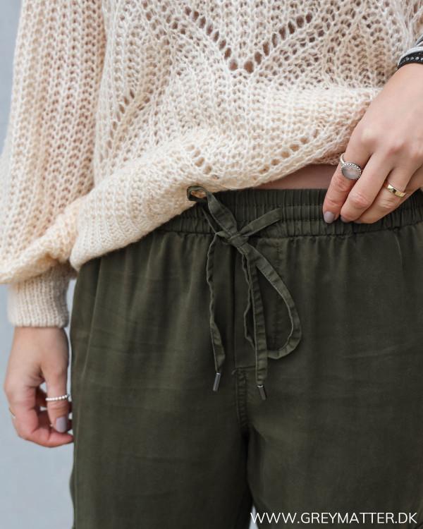 Army grønne bukser til damer