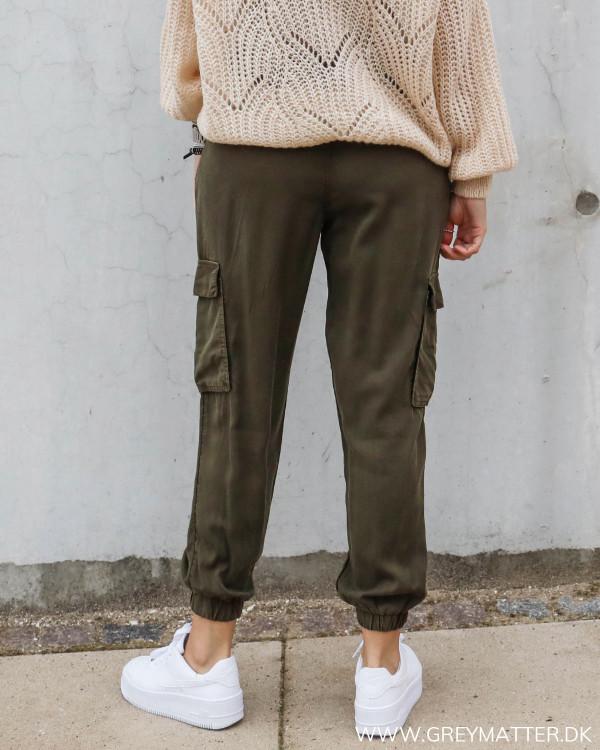 Cargo bukser til damer i army