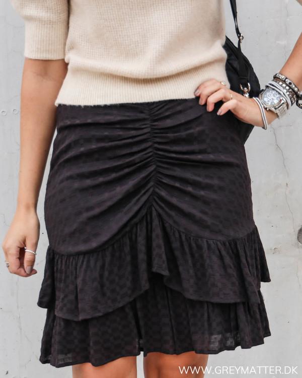 Sort enkel nederdel fra Neo Noir