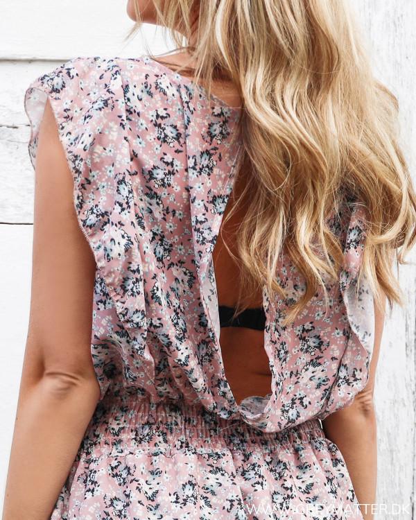 Flæse kjole med dyb ryg fra Grey Matter