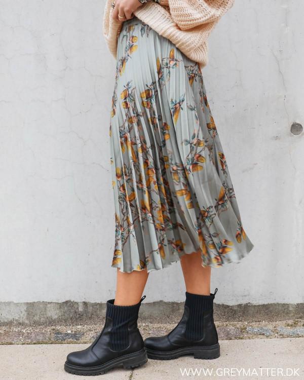 Plisse nederdel fra Karmamia