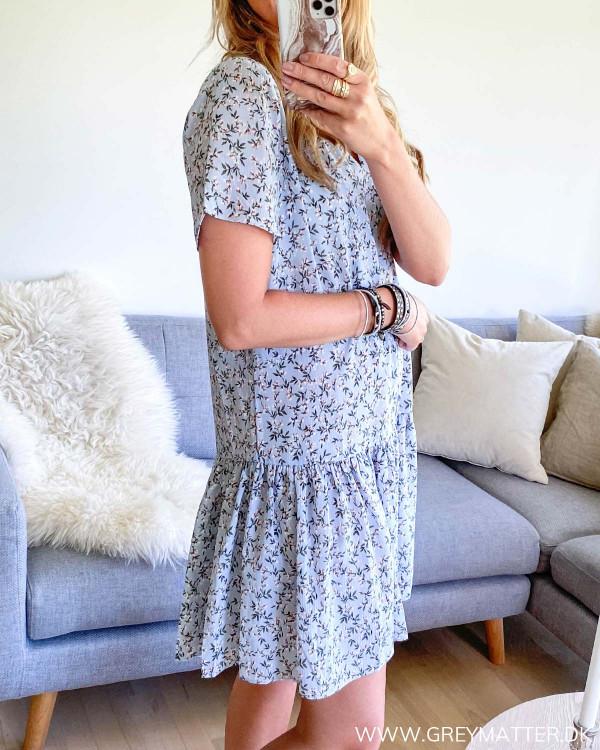 Blå Ilsa kjole fra Neo Noir