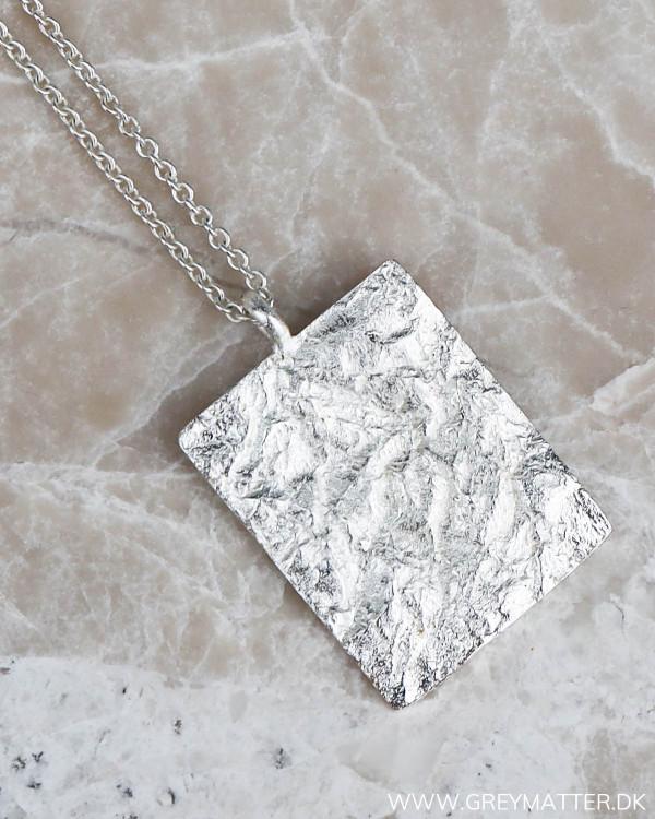 Sølv kæde med vedhæng