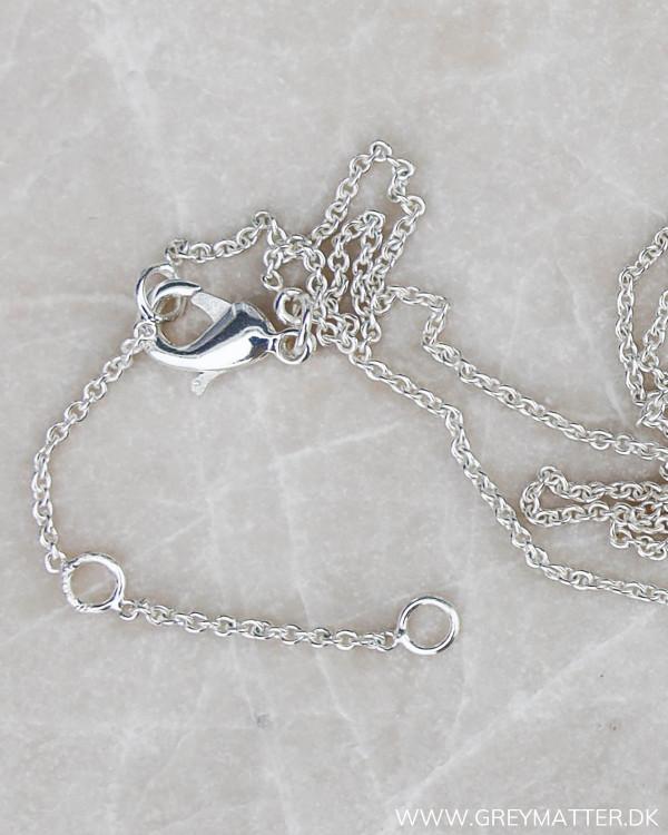 Lås af sølv kæde