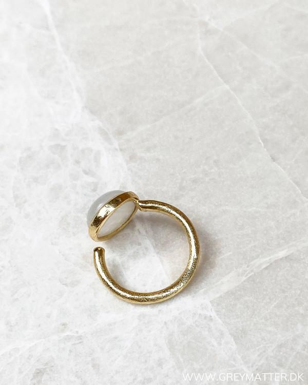 Moonstone ring i one size
