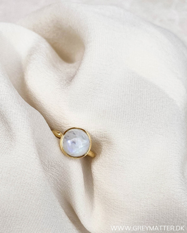 Moonstone ring fra Pure by Nat