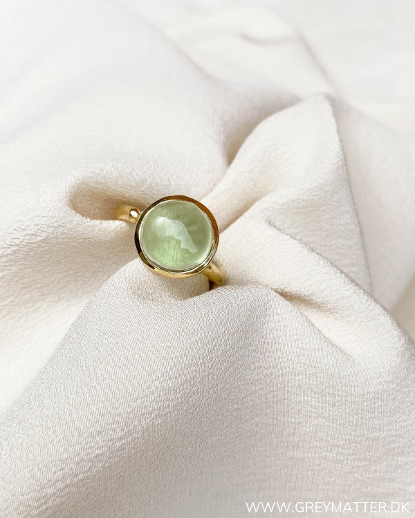Pure by Nat ring i green calci fra Grey Matter Fashion