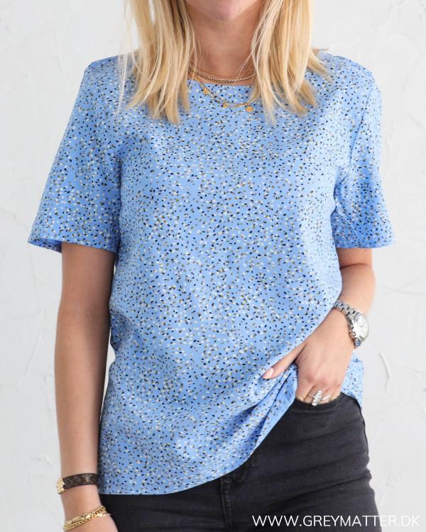 Smuk blå t-shirt til damer fra Vila
