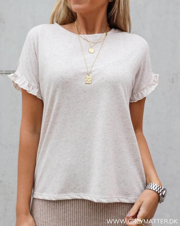 T-shirt med flæse ærmer fra Vila