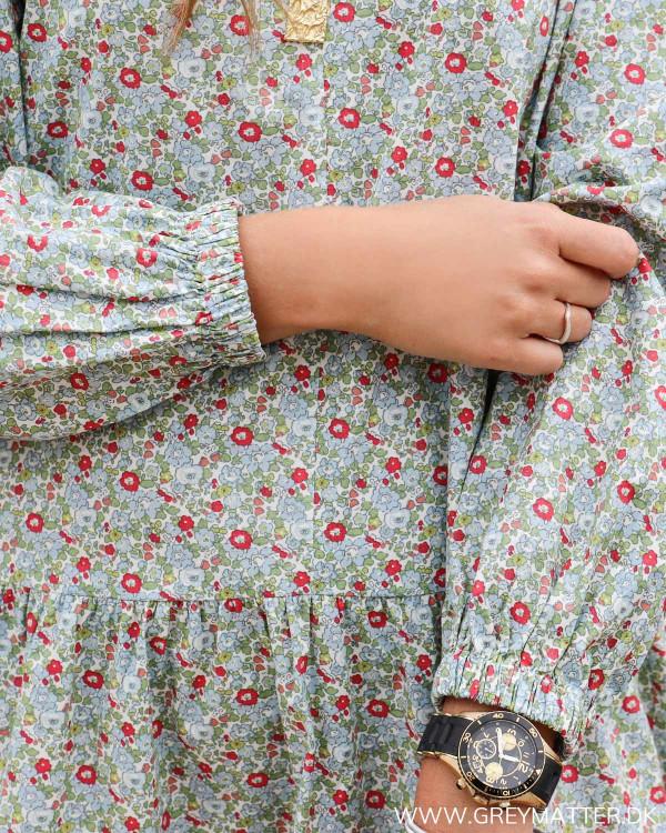 Kjole fra Pieces med blomsterprint