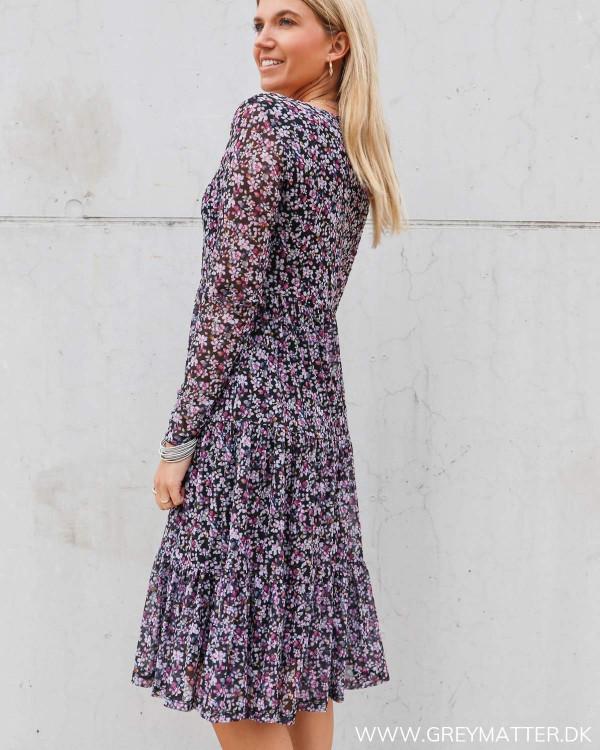 Vidavis langærmet kjole til hverdag med blomsterprint