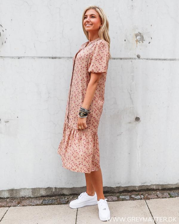 Kjoler fra Vila med smukke farver og print