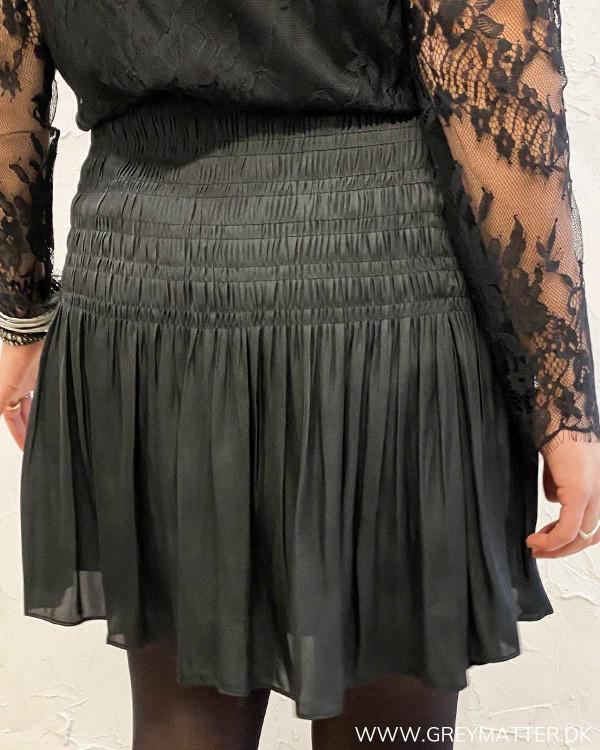 Neo Noir Ginger Sateen Skirt
