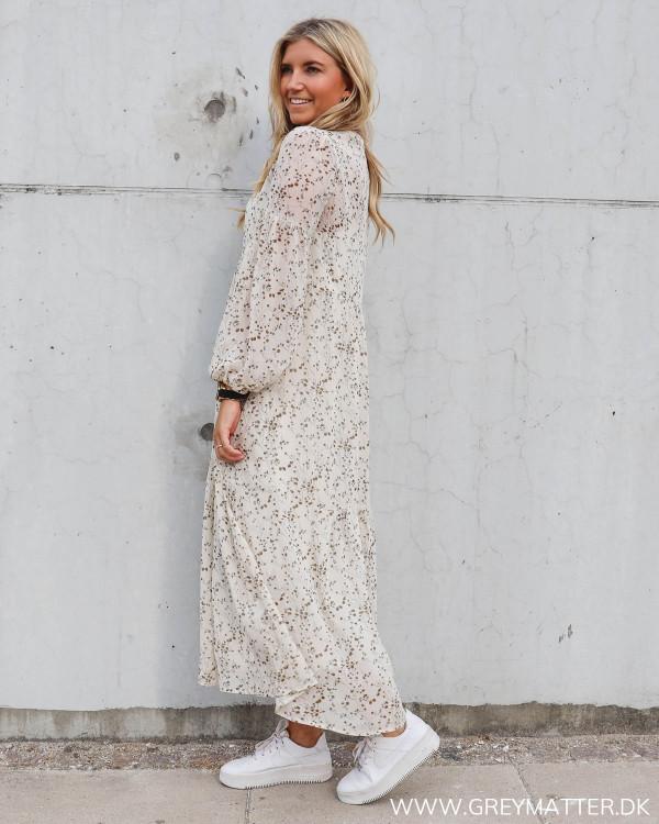 Lange kjoler fra Neo Noir med print